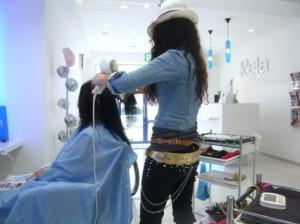 美容師とお客様のイメージ写真