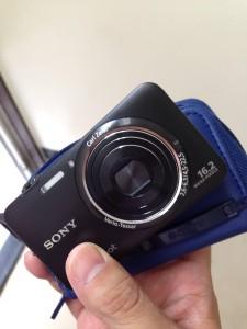 中古で買ったデジカメ。DSC-WX7 黒。